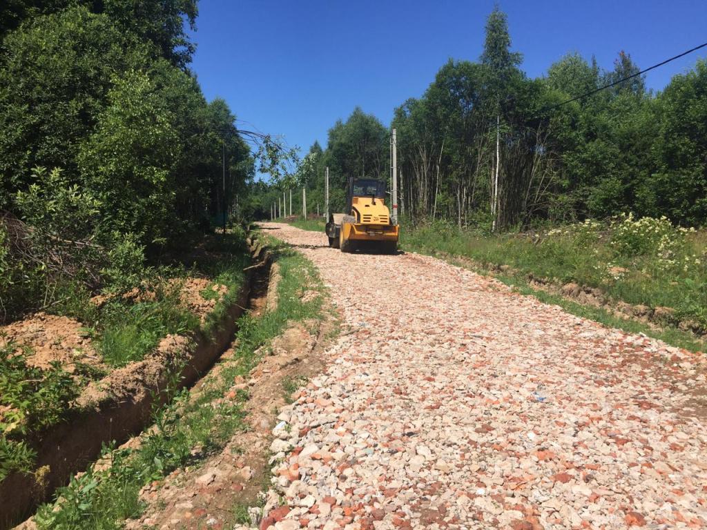 В КП «Лесная поляна» закончены работы по строительству рабочей дороги на 3 улице